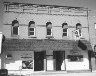 Broadway facade before